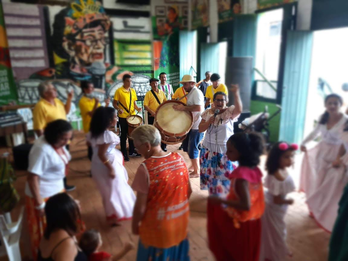 Grupo Samba de Roda, em Pirapora, em apresentação no Espaço Cultural Samba Paulista Vivo Honorato Missé (Casa do Samba), em fevereiro de 2020