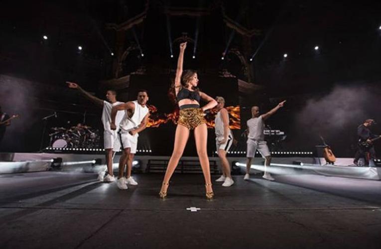 Anitta encerra turnê pela Europa com show lotado em Londres