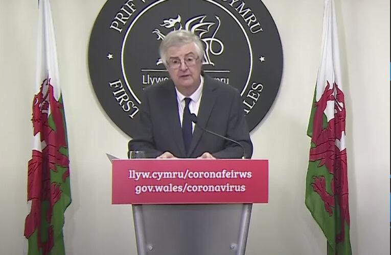 Confinamento total de 15 dias será introduzido no País de Gales na sexta-feira (23/10)