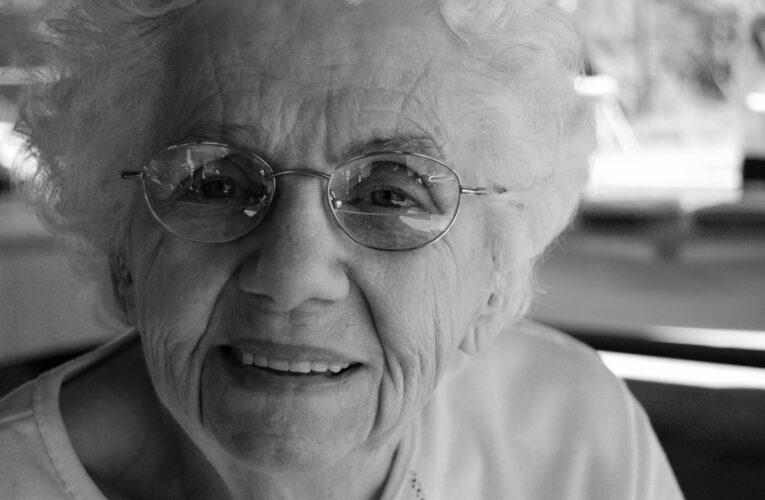 Técnicas para mitigar o isolamento entre idosos
