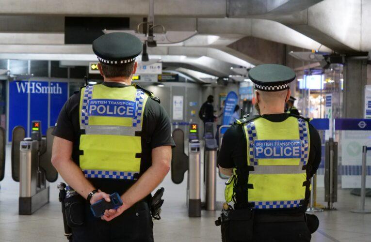 Met recruta 6.000 policiais, mas não explica como vai pagá-los