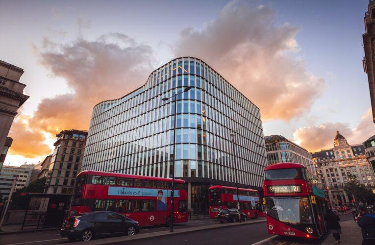 Por que parte dos motoristas de ônibus de Londres fez greve esta semana?