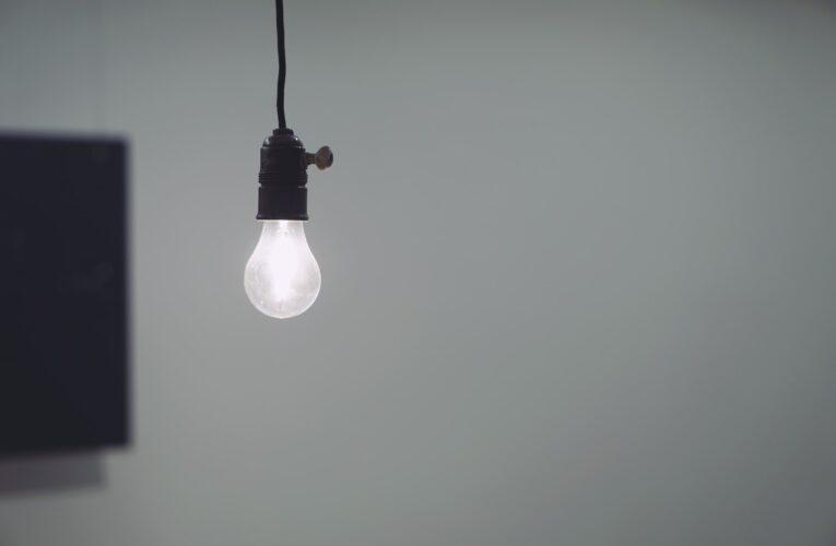 Contas de energia ficarão mais caras a partir de abril
