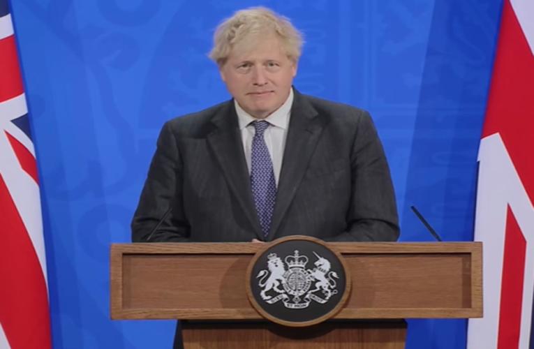 """Entenda o """"Wallpapergate"""", o escândalo de corrupção que atinge Boris Johnson"""