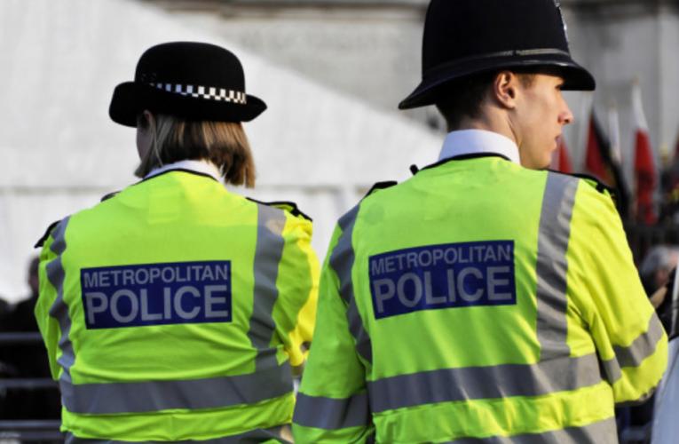 10.000 policiais irão monitorar o cumprimento da quarentena dos viajantes