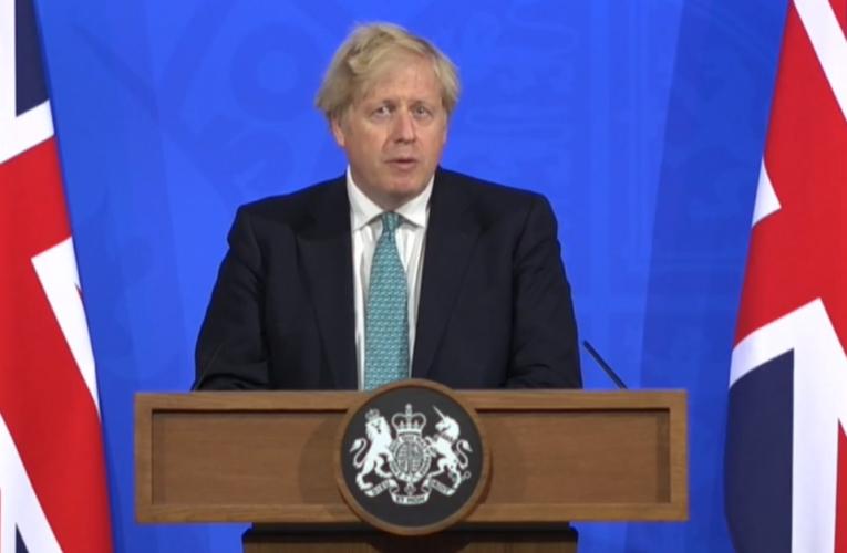 Governo britânico pode prosseguir com oplano de reabertura da Inglaterra em 21/06