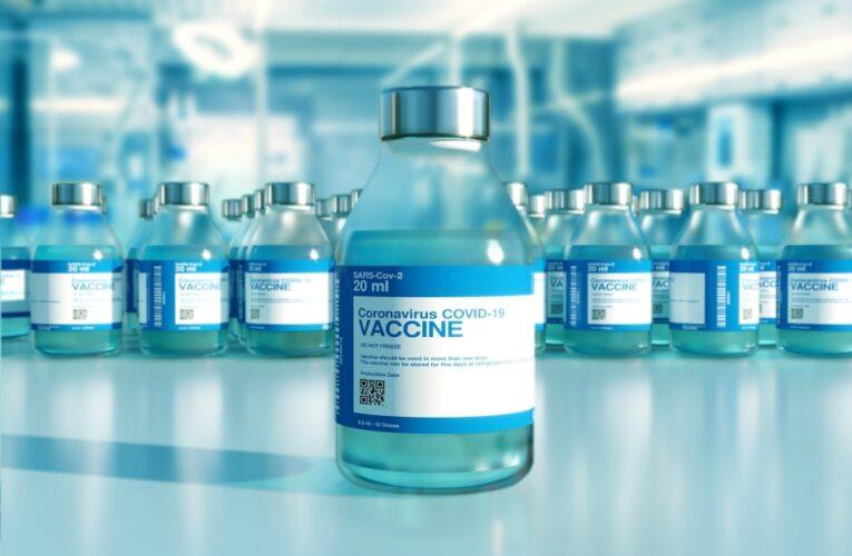 Profissionais de saúde podem dizer se as crianças recebem a vacina COVID, apesar das objeções de seus pais