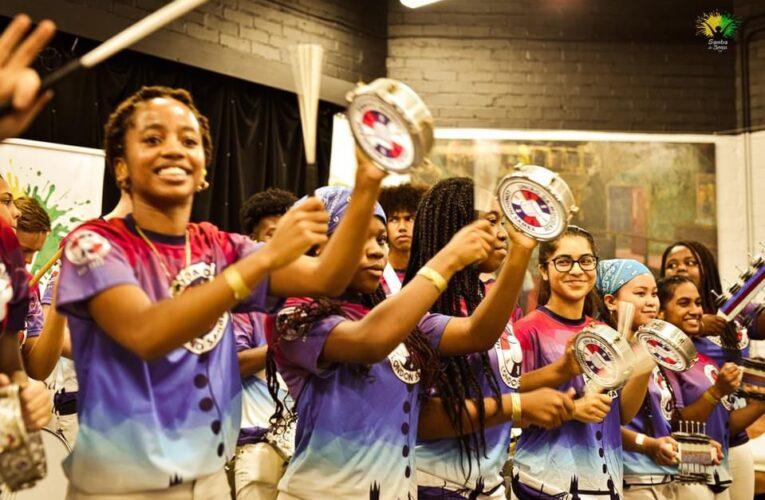 """UDM – uma escola de samba feita por ingleses """"para brasileiro ver"""""""